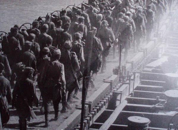 8 септември 1944 година: Съветската армия окупира Царство България -  InformNapalm.org (Български)