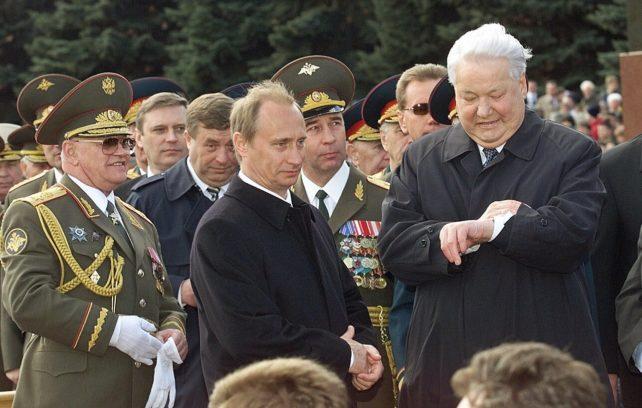 Vladimiras Putinas ir Borisas Jelcinas / AP nuotr.
