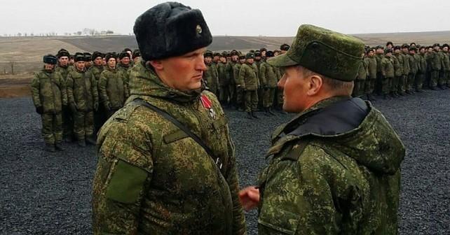 Ryska officerare från södra militärområdet