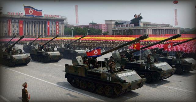 Ett urspårat tåg i staden Tjita transporterade artillerisystem till Nordkoreas gräns