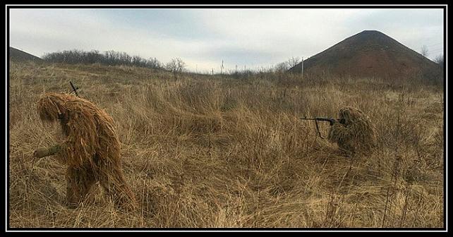 Ryssland fortsätter att överföra krypskyttar till Donbass