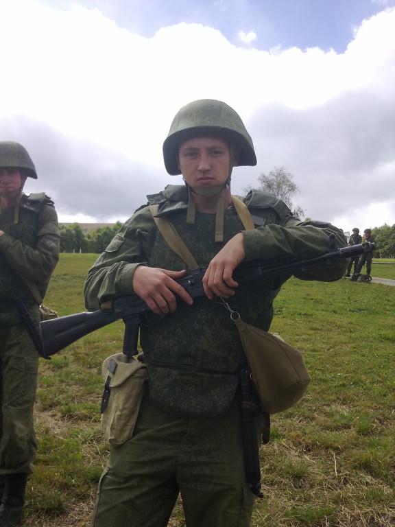 Російська станція супутникового звязку Р-441-ОВ Ливень засвітилася в окупованому Донецьку 12