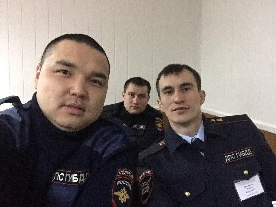 Sedan januari 2018 tjänstgör Minikajev vid trafikpolisen