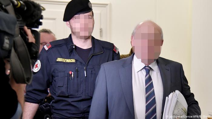 Österrikisk arméöverste spionerar för ryska GRU i 25 år