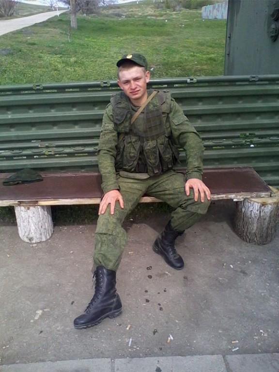 Andrei Alexejewitsch Beljaew auf dem Belbek-Luftwaffenstützpunkt auf der Krim