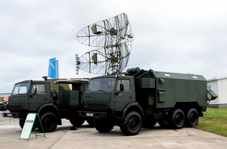 Illustratives Foto einer Radarstation KASTA-2E1 51U6