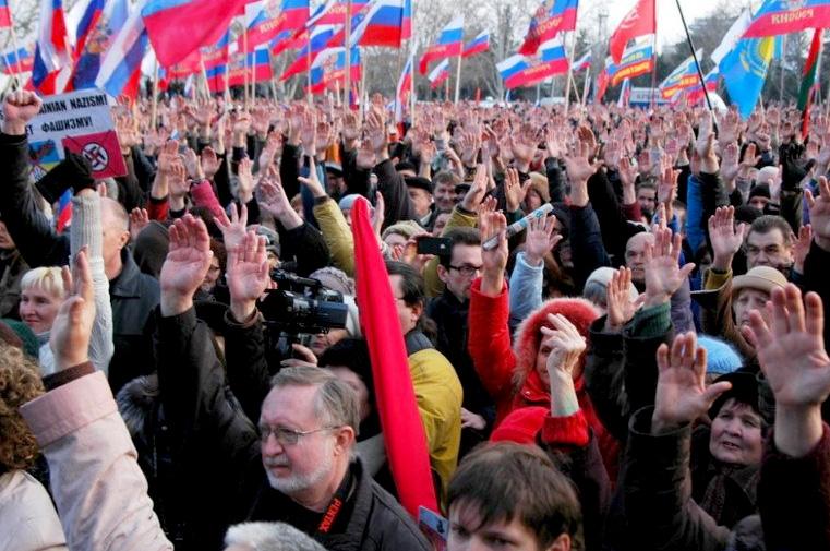Ett möte i Sevastopol väljer Folkets borgmästare