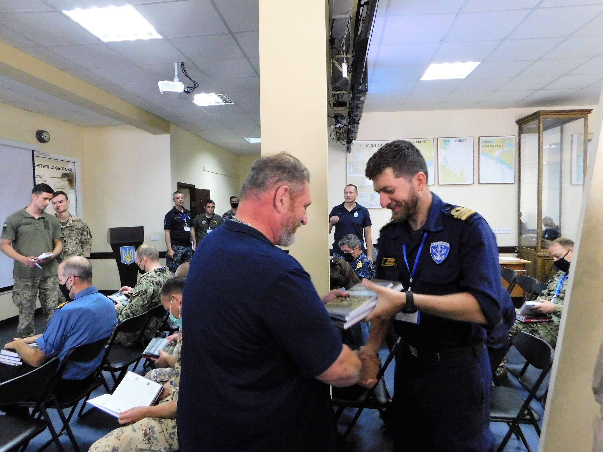 Sea Breeze 2021-deltagare informeras om ryska fientligheter mot Ukraina