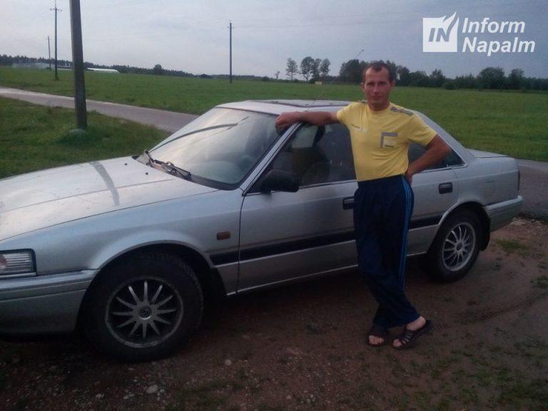 Andrej Vozňuk se svým automobilem