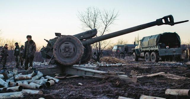 Донецк активно обстреливается артиллерией ВСУ
