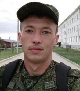 Soldaten Artyom Badambayev