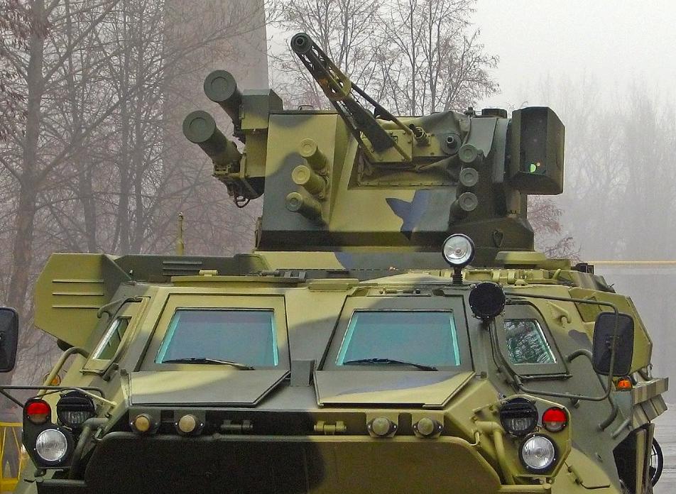 BM7 Parus 30 mm fjärrstyrd vapenstation på BTR-4V